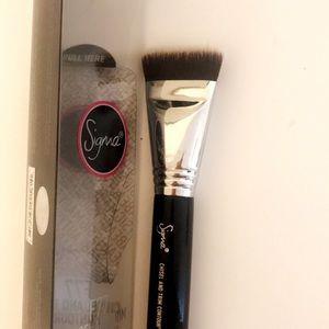 Accessories - Unused SIGMA F77 makeup brush